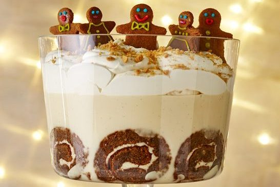 Christmas gingerbread trifle food recipe