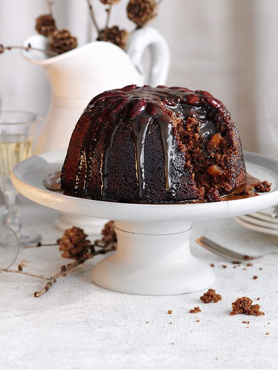 Gingerbread pudding sticky toffee sauce - Christmas recipes