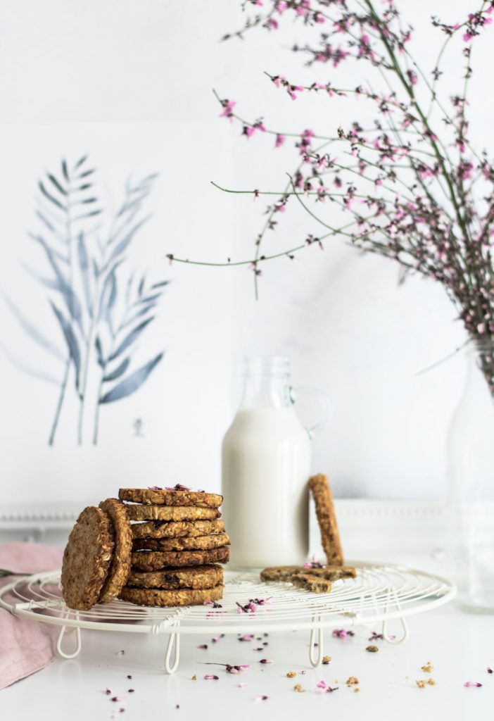 Cookies and Milk - 15 Unique Wedding Food Ideas by Spiros