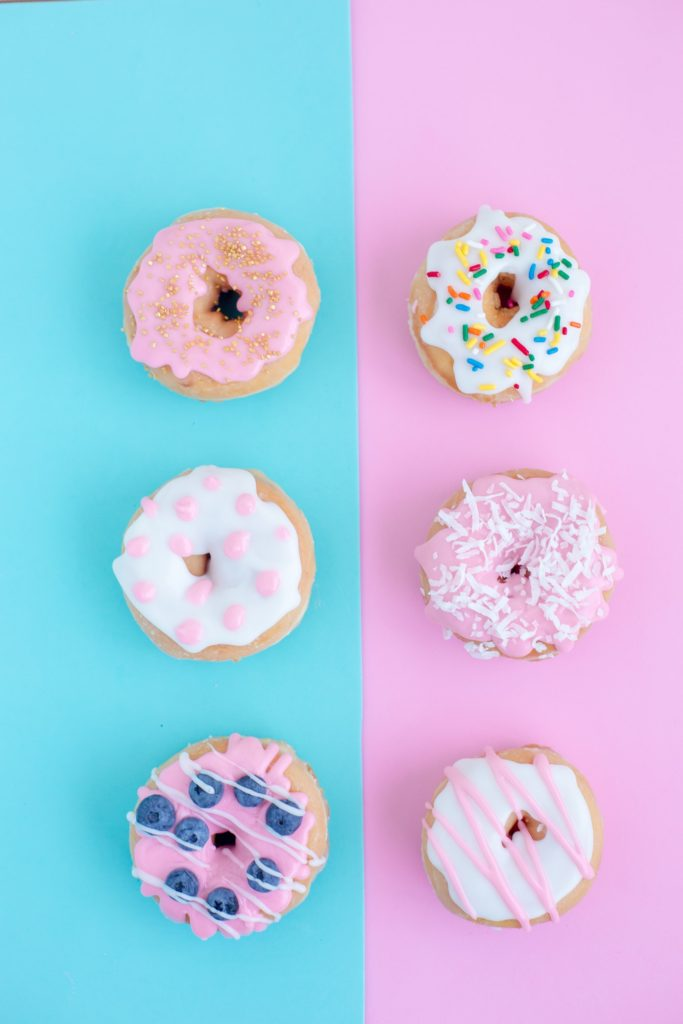 Glitter Donuts - 15 Unique Wedding Food Ideas by Spiros