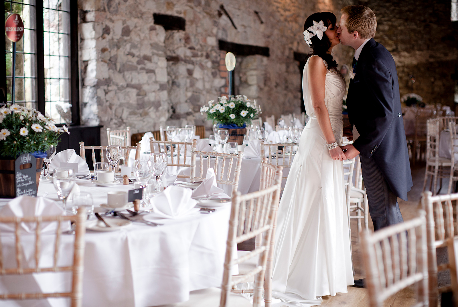How to plan a castle wedding in Wales