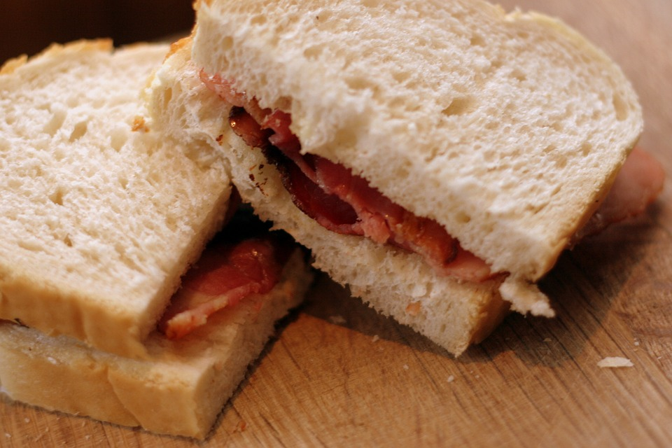 Bacon Sandwich - Food Ideas For Athletes & Gym Addicts From Spiros