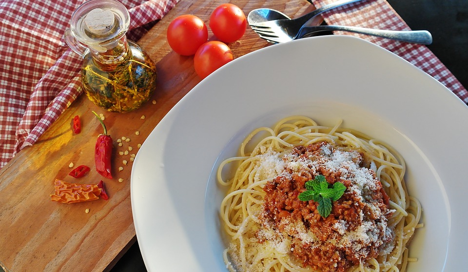 Easy back-to-school recipes from Spiros - spaghetti bolognese