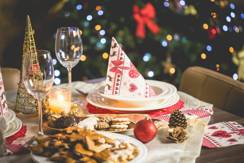 Spiros Christmas party checklist - Christmas table