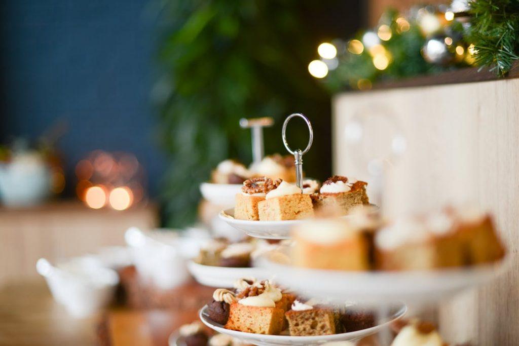 Spiros Christmas party checklist - table setup