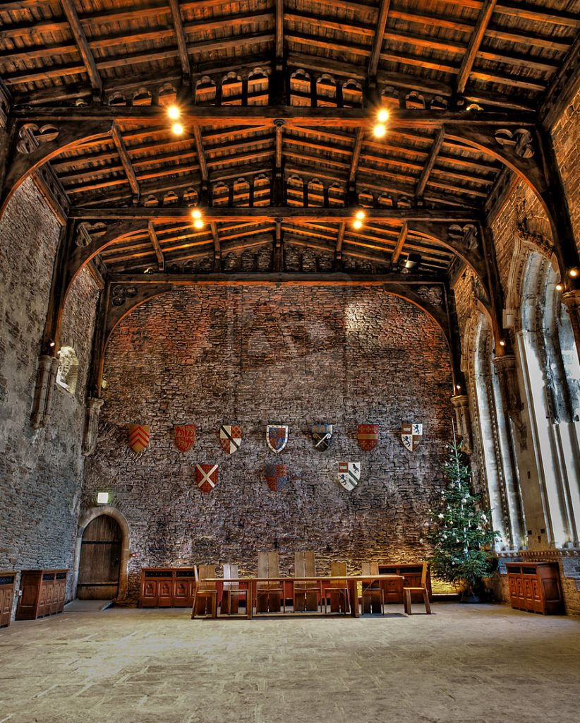 Historic wedding venues in Cardiff - Caerphilly Castle