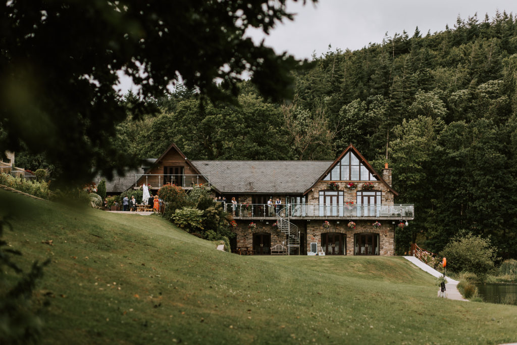 Canada Lodge and Lake - Spiros venue partnership